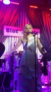 Violinist_Roswitha_Live_Blue_Note_NYC_2014B
